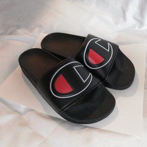 Champion IPO woman flat sandals Us 6
